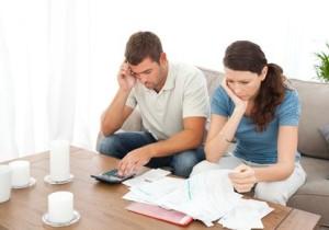 couple computing finances