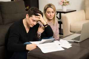 Financial Trouble And The Warning Signs That Precedes It