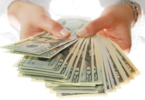 You Should Try A Cash Only Budget At Least Once In Your Life Heres How