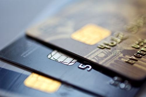 Using Credit Cards For Emergencies And 6 Reasons Why You Shouldn't Do It